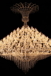 Lustre-4XL-Rentalamp-Location-lustre